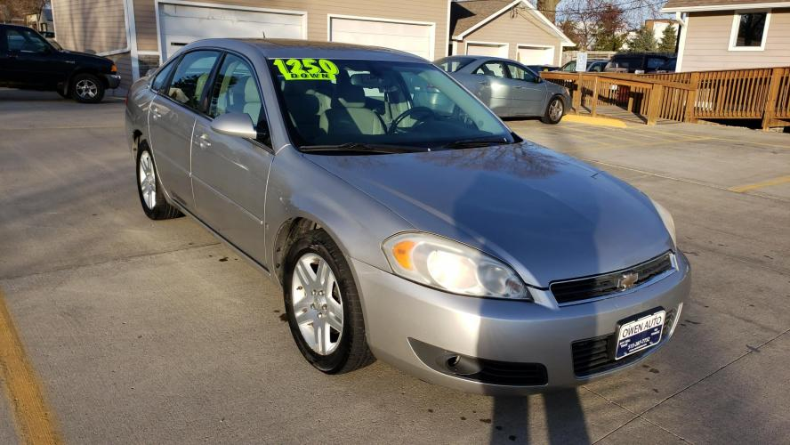 2006 Silver Chevrolet Impala LTZ (2G1WU581969) with an 3.9L V6 OHV 12V engine, 4-Speed Automatic Overdrive transmission, located at 923 Army Post Rd., Des Moines, IA, 50315, (515) 287-7732, 41.526928, -93.627419 - Photo #0